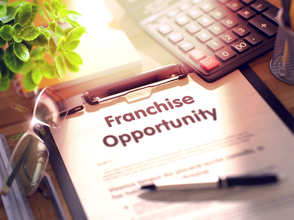When to Seek Out Franchise Legal Services